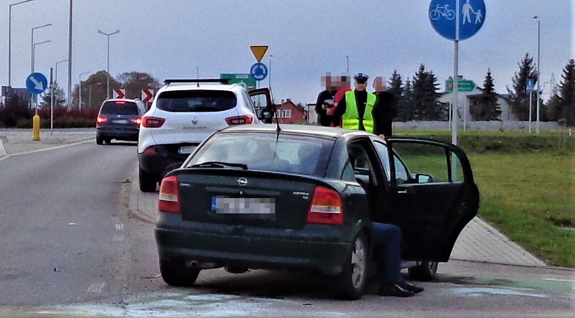 Jedna osoba została ranna po zderzeniu trzech pojazdów w Kościerzynie (FOTO)