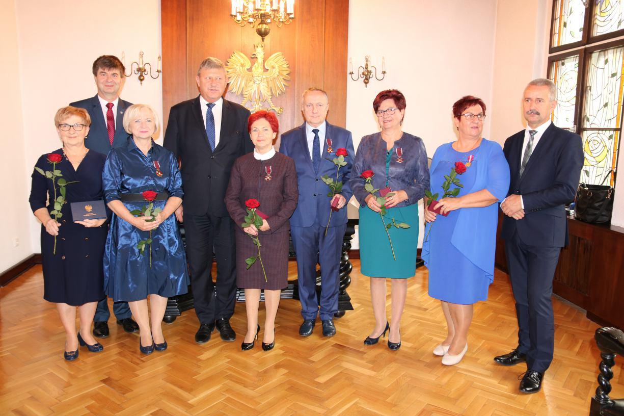 Medale za służbę i oddanie chorym - pracownicy tucholskiego hospicjum uhonorowani na 20-lecie