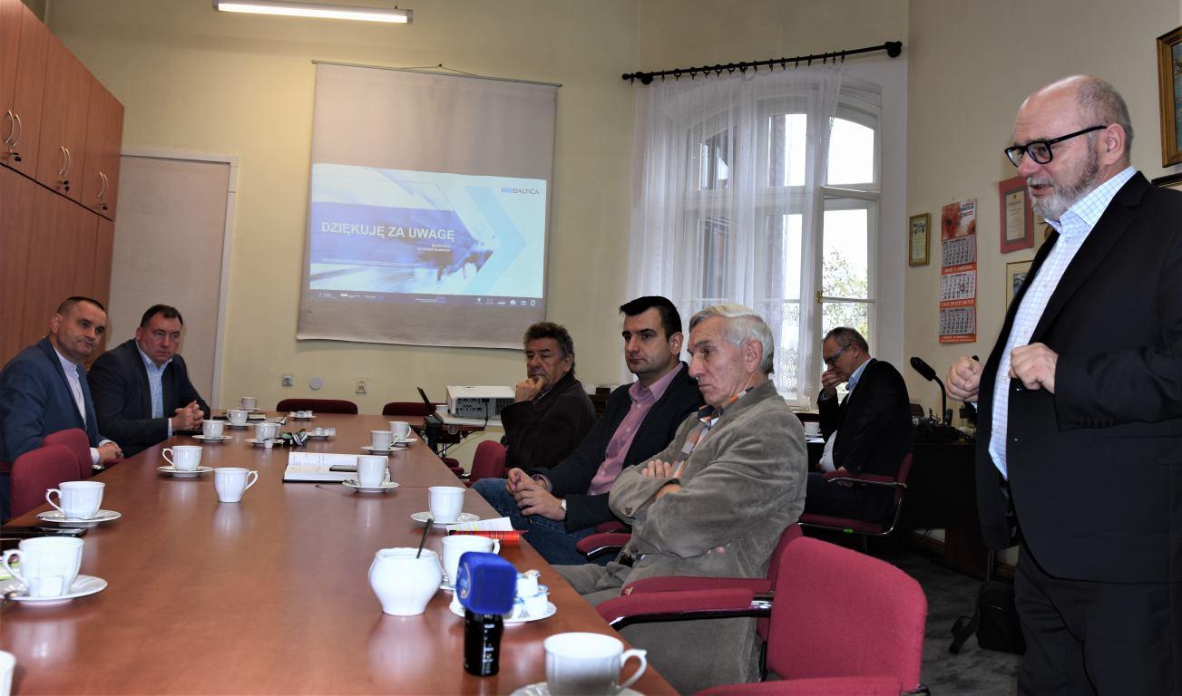 W Chojnicach zaprezentowano system Wspólny bilet dla Pomorza
