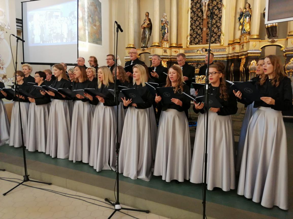 Setne urodziny chóru Lutnia z Więcborka FOTO