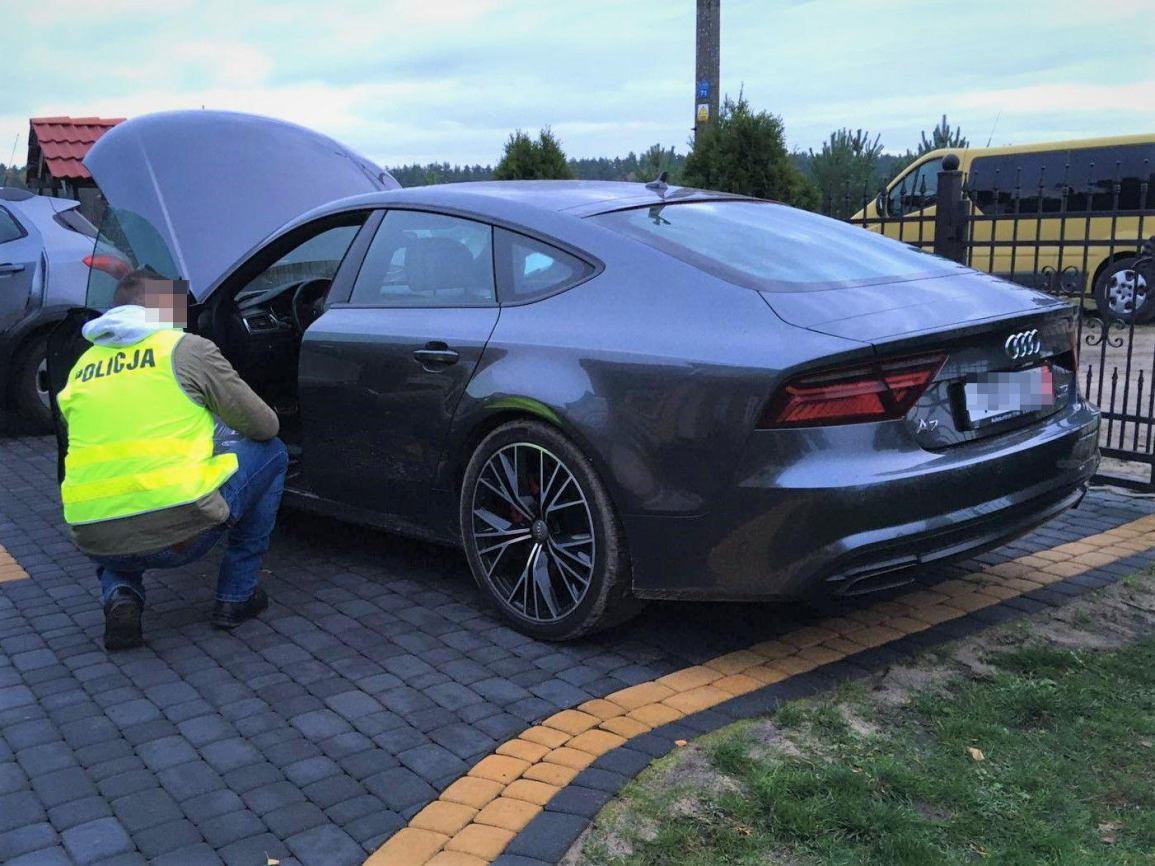 Bytowscy policjanci odzyskali samochody warte prawie milion złotych