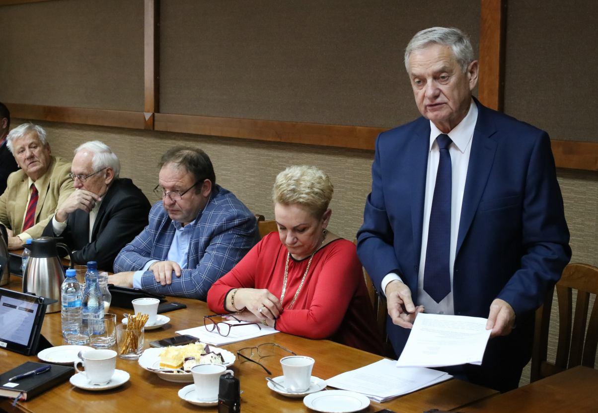 Rada Powiatu Człuchowskiego ponowiła apel do premiera i ministra zdrowia o zmianę zasad finansowania szpitali powiatowych
