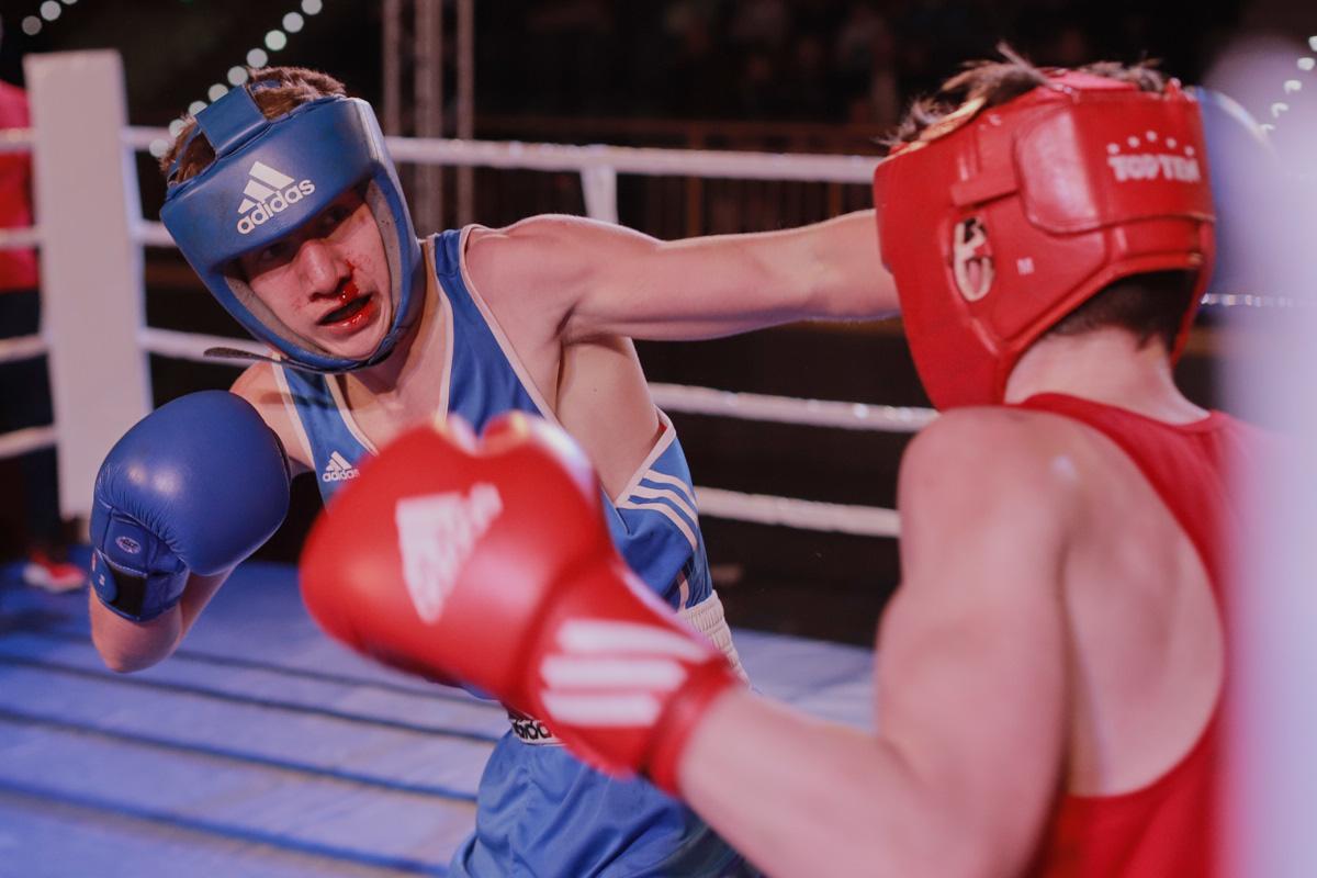 Osiem do ośmiu na ósmą edycję. Remis w meczu bokserskim w ramach Memoriału Tadeusza Kiedrowskiego FOTO
