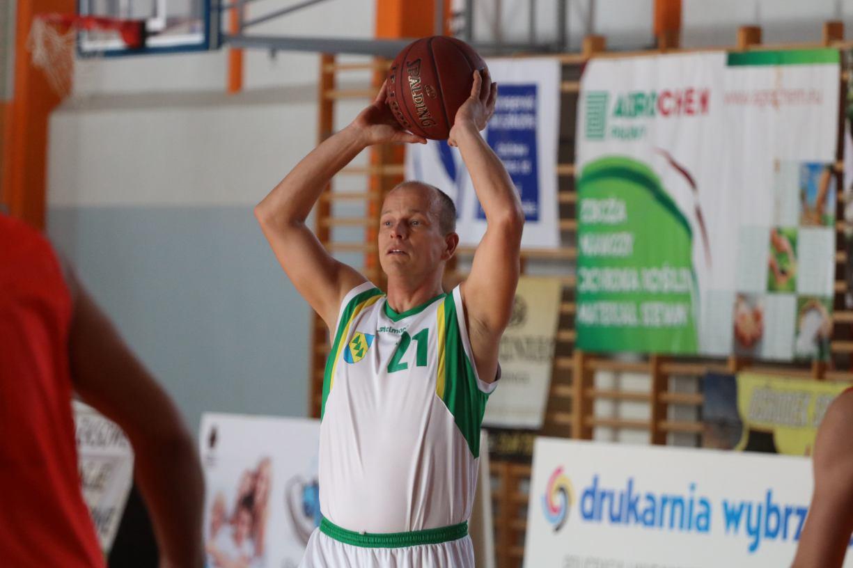 Kaliska Basket to pierwszy lider Człuchowskiej Amatorskiej Ligi Koszykówki