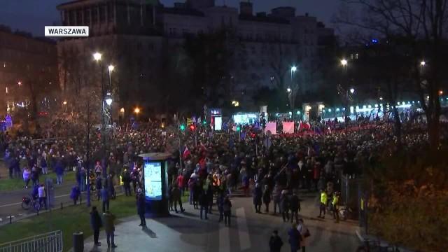 Demonstracje solidarności z sędziami w wielu miastach w Polsce