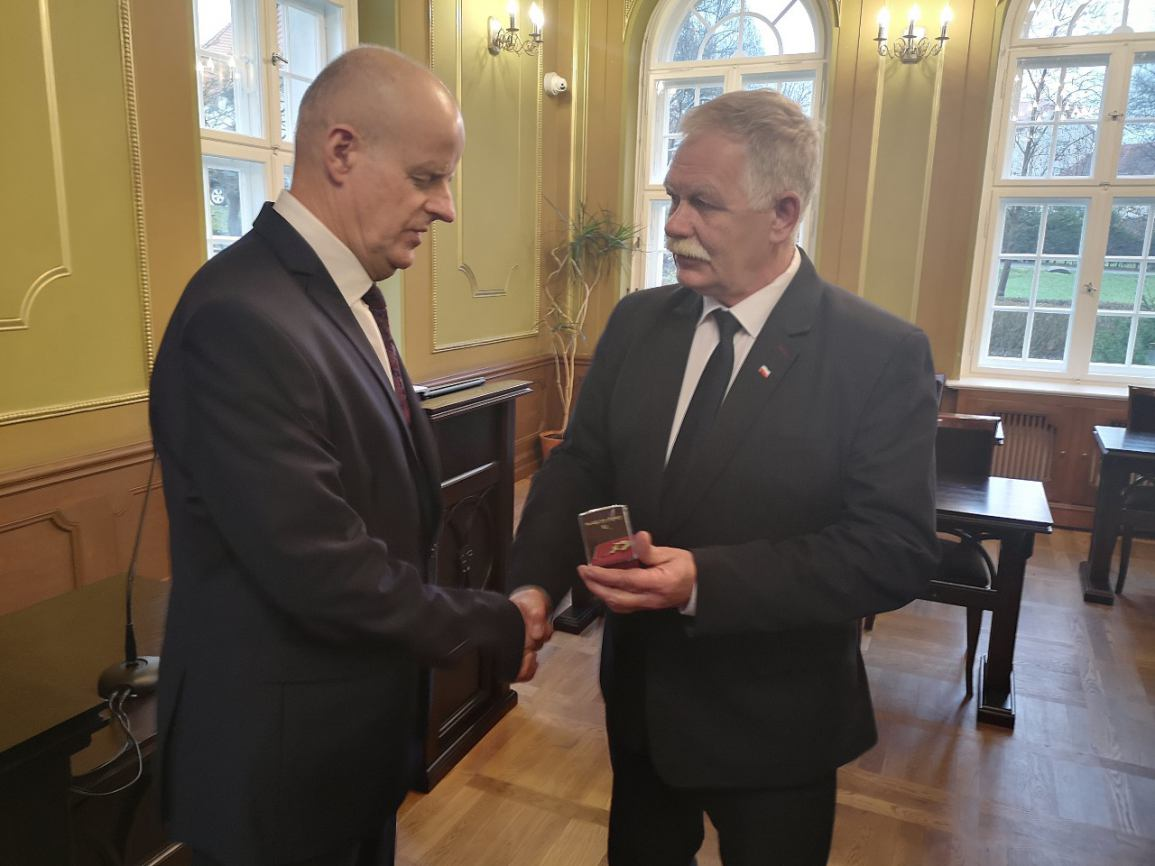 Bytowski działacz sportowy Stanisław Majkowski odznaczony przez Ministra Sportu