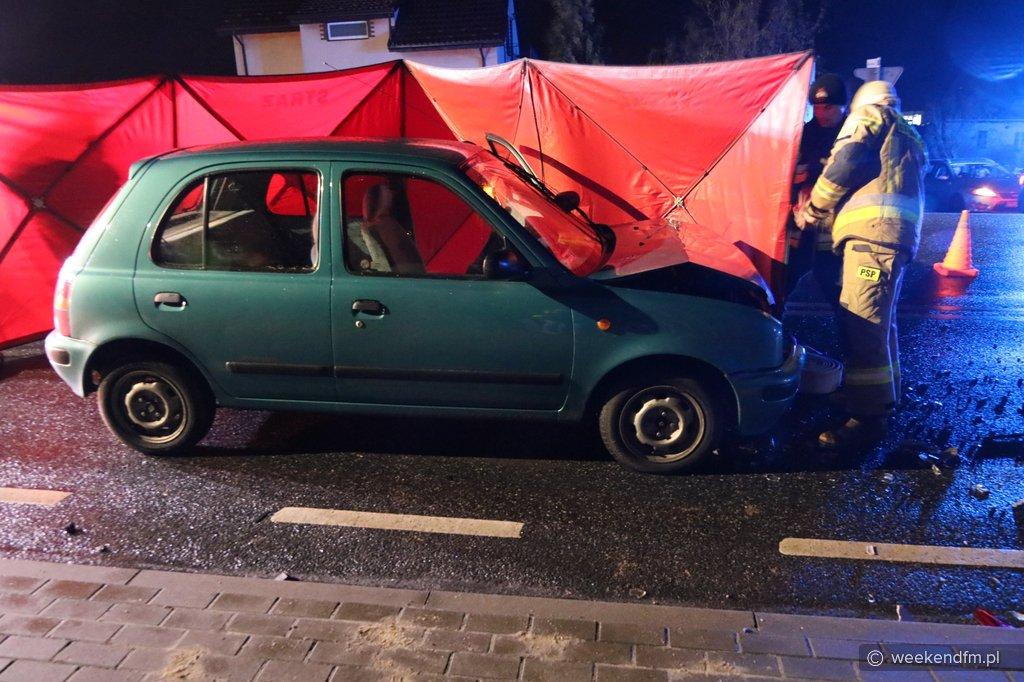 Wypadek w Żalnie koło Tucholi otrzymali informację, że poszkodowanych nie ma, a nie żyje 85-latek FOTO