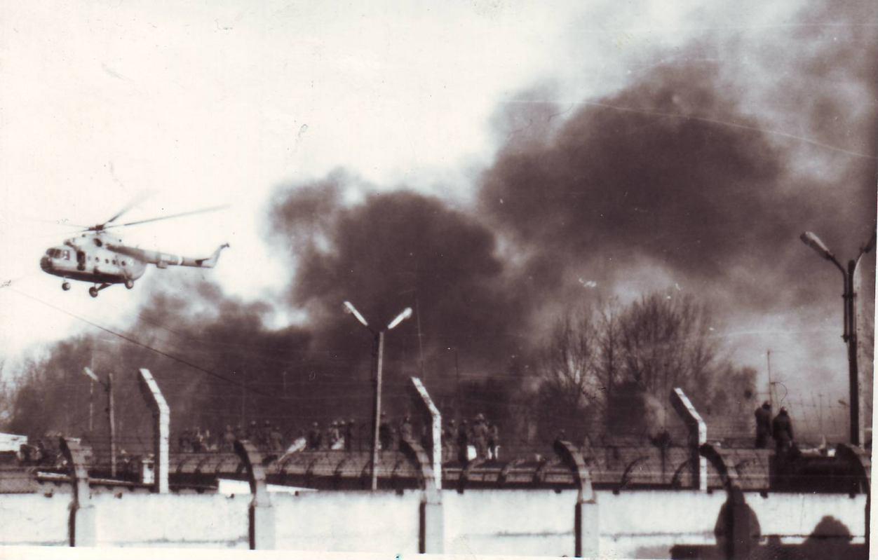 Dokładnie 30 lat temu wybuchł bunt więźniów w Zakładzie Karnym w Czarnem. Posłuchaj reportażu na ten temat (FOTO)