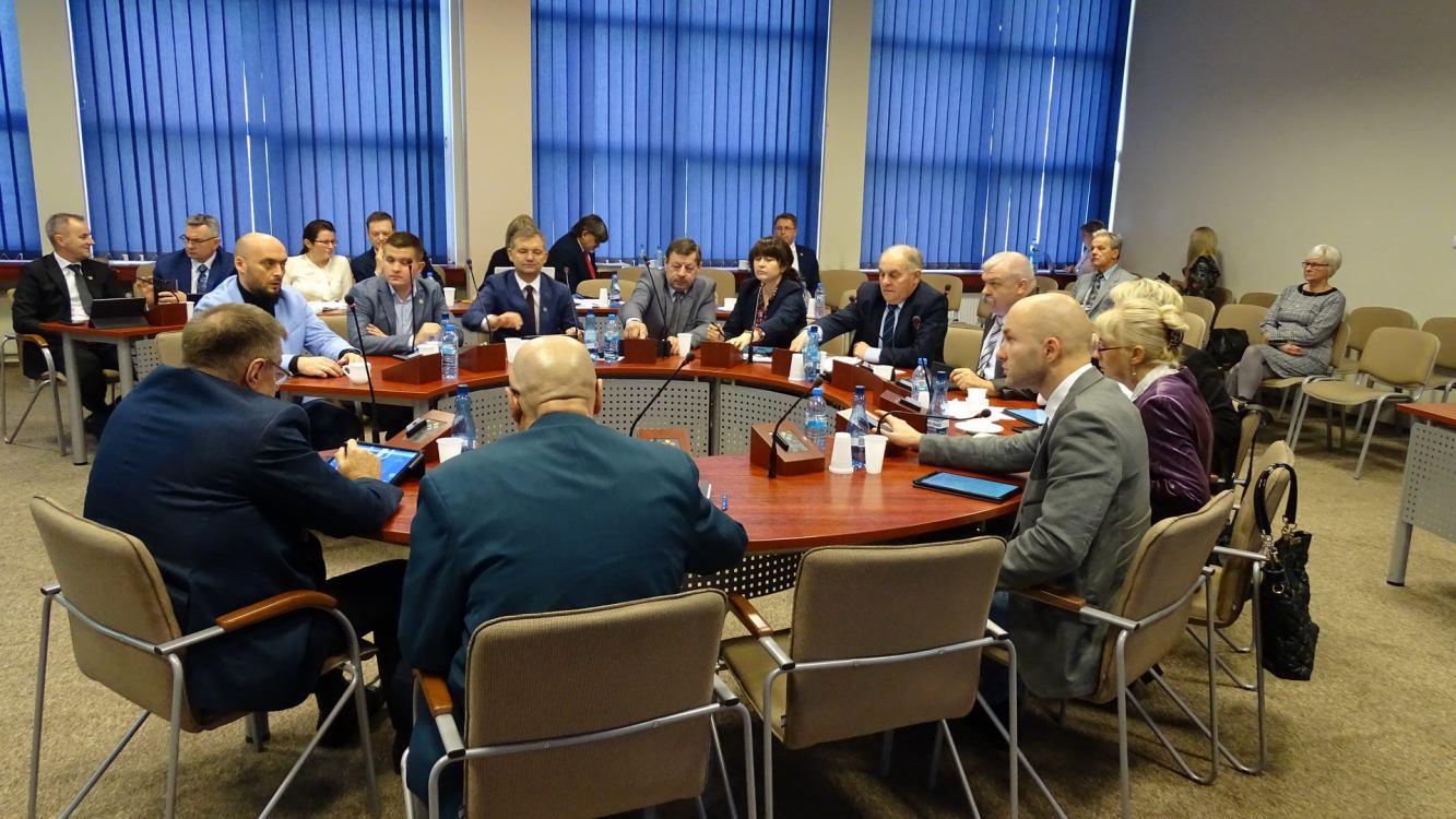 Rada Miejska Sępólna Krajeńskiego apeluje do Sejmu o zmianę sposobu finansowania oświaty