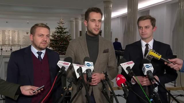 Posłowie Solidarnej Polski złożyli projekt przewidujący usuwanie z zawodu sędziów kwestionujących nową KRS
