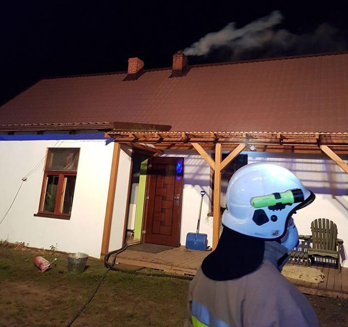 Cztery zastępy straży pożarnej interweniowały w miejscowości Górki w powiecie kościerskim