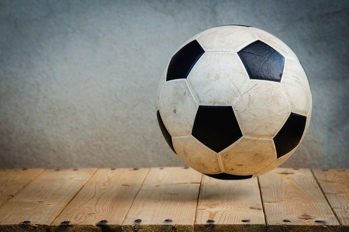 Po bójce zawodników zapadła decyzja organizatorów o zakończeniu rozgrywek halowej piłki nożnej