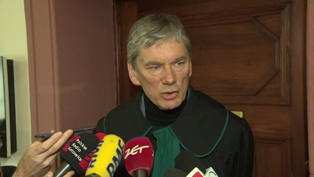 Sąd nakazał wznowienie śledztwa ws. zdjęć europosłów na szubienicach. Wcześniej umorzyła je prokuratura w Katowicach