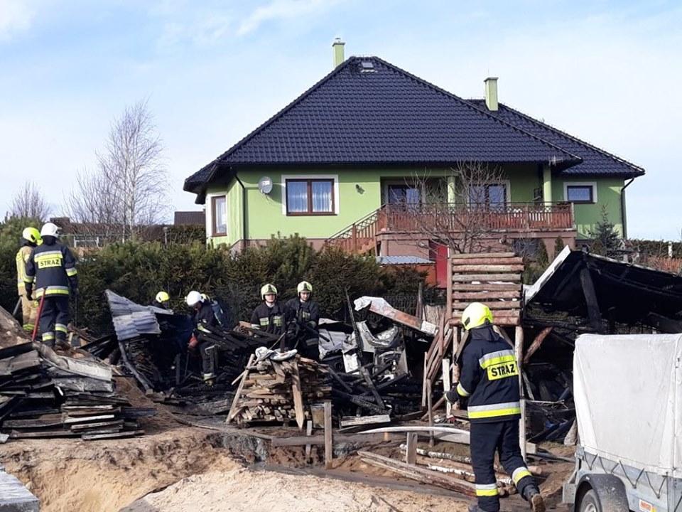 Jedna osoba nie żyje. Tragiczny pożar w Dziemianach w powiecie kościerskim