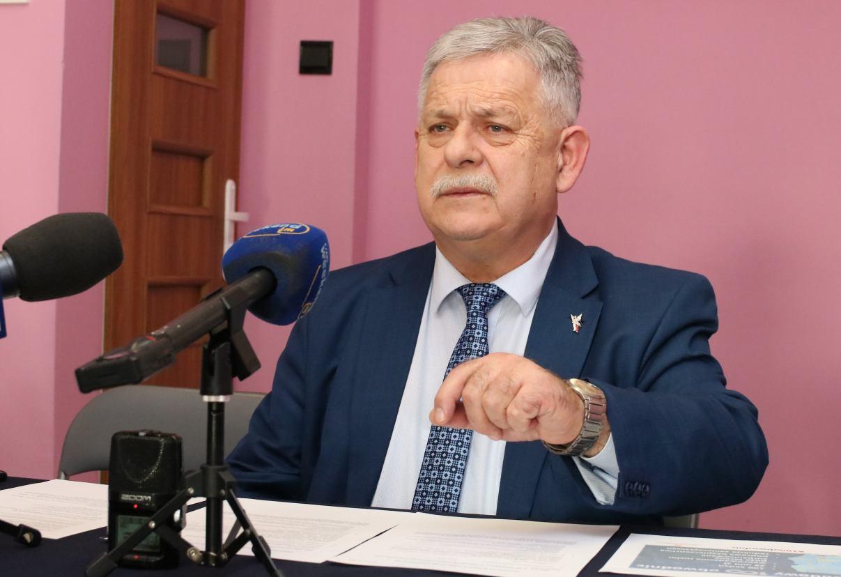 Poseł Aleksander Mrówczyński obarcza władze powiatu człuchowskiego winą za złą sytuację finansową szpitala