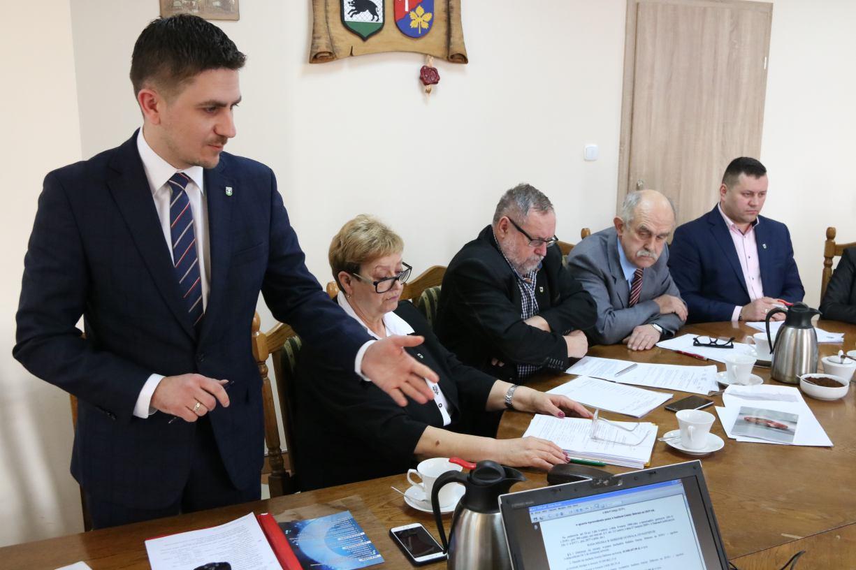 Jest oficjalna decyzja gminy Debrzno w sprawie budowy chlewni w Jeleńcu