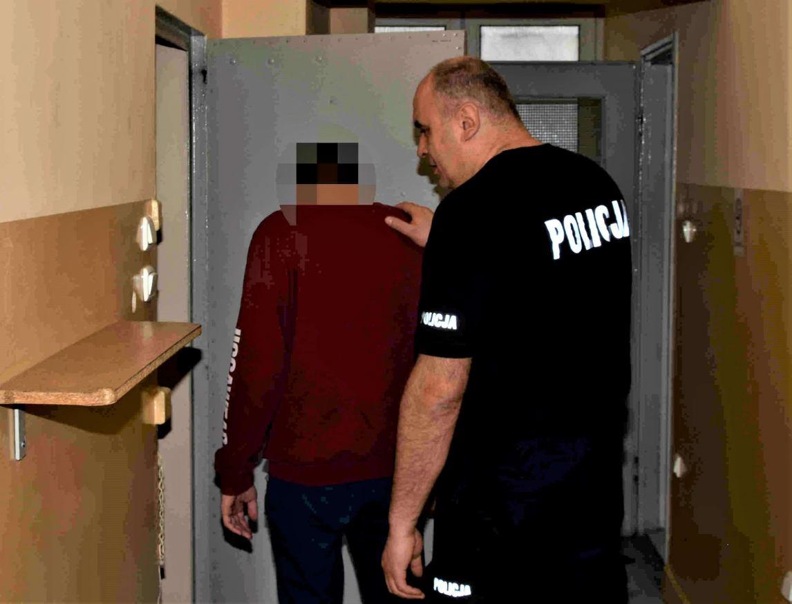 Tymczasowy areszt dla 24-latka z powiatu kościerskiego, u którego znaleziono blisko 1,5 kilograma narkotyków