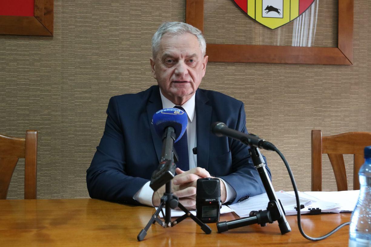 Starosta człuchowski odniósł się do listu otwartego pracowników oddziałów zabiegowych szpitala w Człuchowie