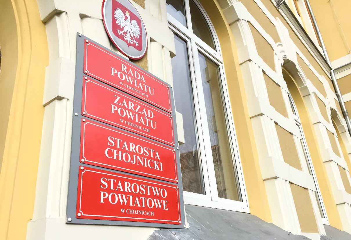Starostwo Powiatowe w Chojnicach chce mocno ograniczyć obieg papierowych dokumentów