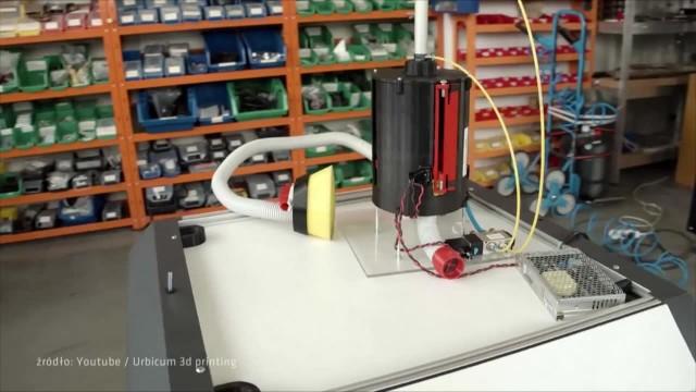 Krakowscy inżynierowie stworzyli respirator ostatniej szansy. Wydrukowali go na drukarce 3D w 24 h za... 200zł