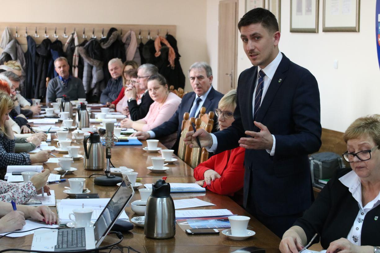 Burmistrz Debrzna Wojciech Kallas apeluje o przełożenie wyborów prezydenckich