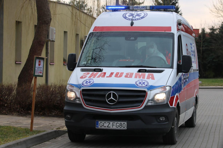 Wywiad lekarski przez telefon - tak szpital w Człuchowie chroni medyków przed kontaktem z pacjentami z podejrzeniem koronawirusa