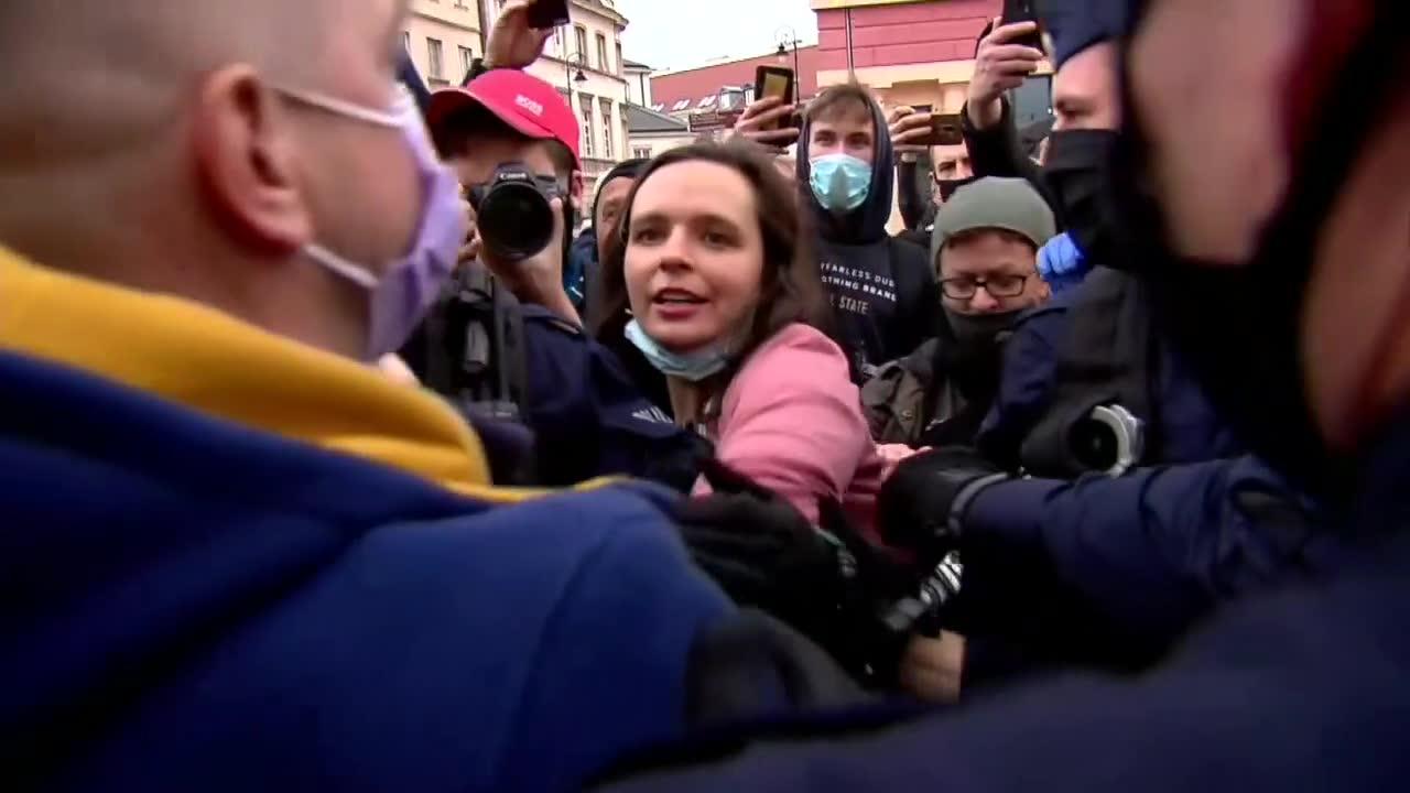&bdquoTakie rzeczy działy się za komuny&rdquo. Senator J. Bury o zatrzymaniu podczas protestu przedsiębiorców