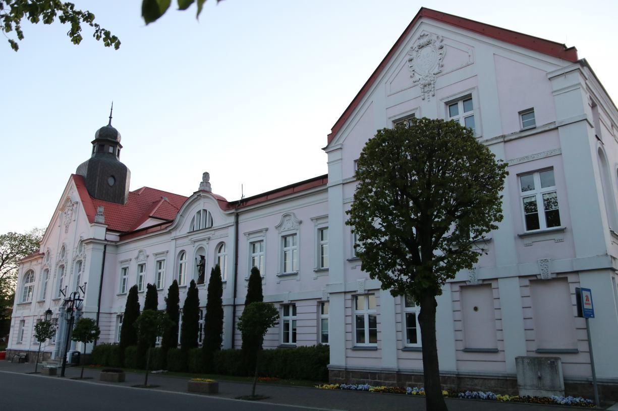 Nawet 5,5 mln zł kredytu może zaciągnąć w tym roku miasto Człuchów