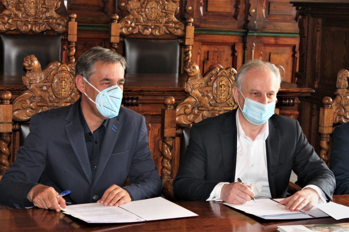 Umowa na dofinansowanie starej berlinki w granicach Chojnic podpisana