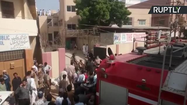 Są ocaleni po katastrofie Airbusa 320 w Pakistanie