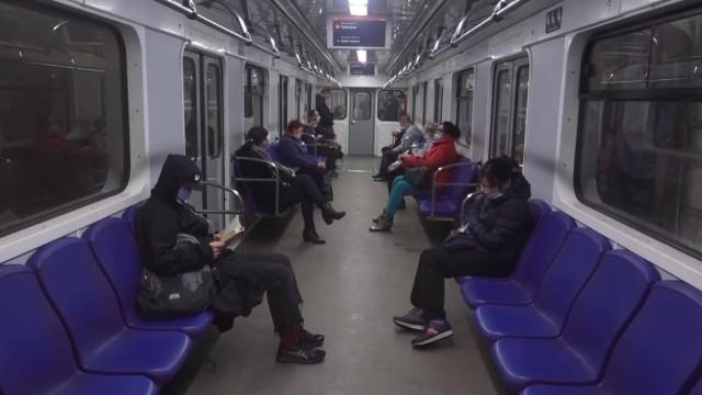Kijowskie metro wznowiło kursy po dwumiesięcznej przerwie, spowodowanej pandemią koronawirusa