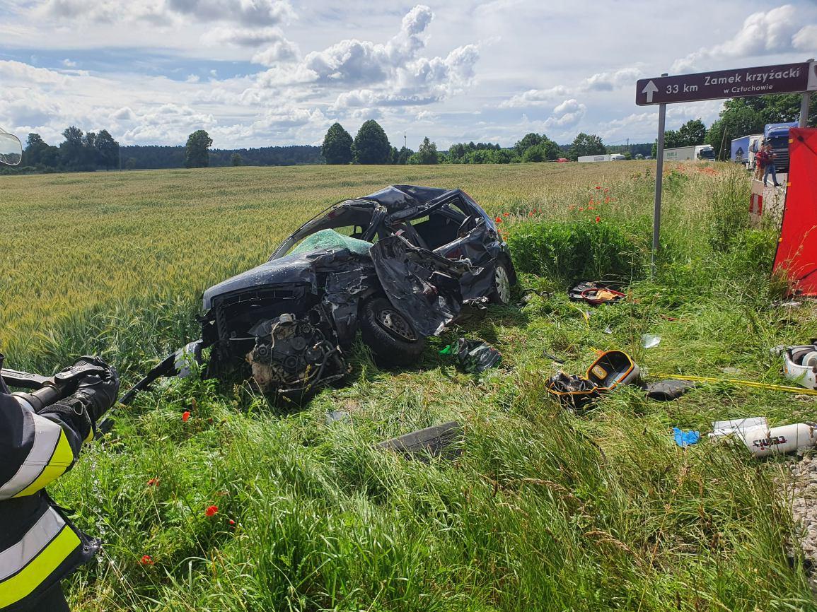 35-letnia kobieta zginęła w wypadku na drodze wojewódzkiej nr 212 w Konarzynkach FOTO, AKTUALIZACJA