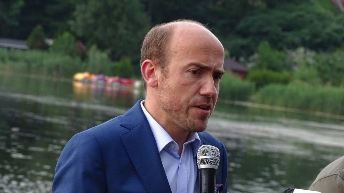 Kampania wyborcza na finiszu Budka był w Sępólnie, Gowin odwiedzi Kościerzynę