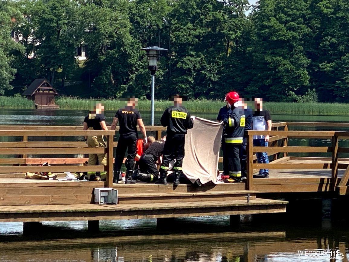 Dryfujące ciało mężczyzny wyłowiono z jeziora tuż przy molo w Sępólnie Krajeńskim