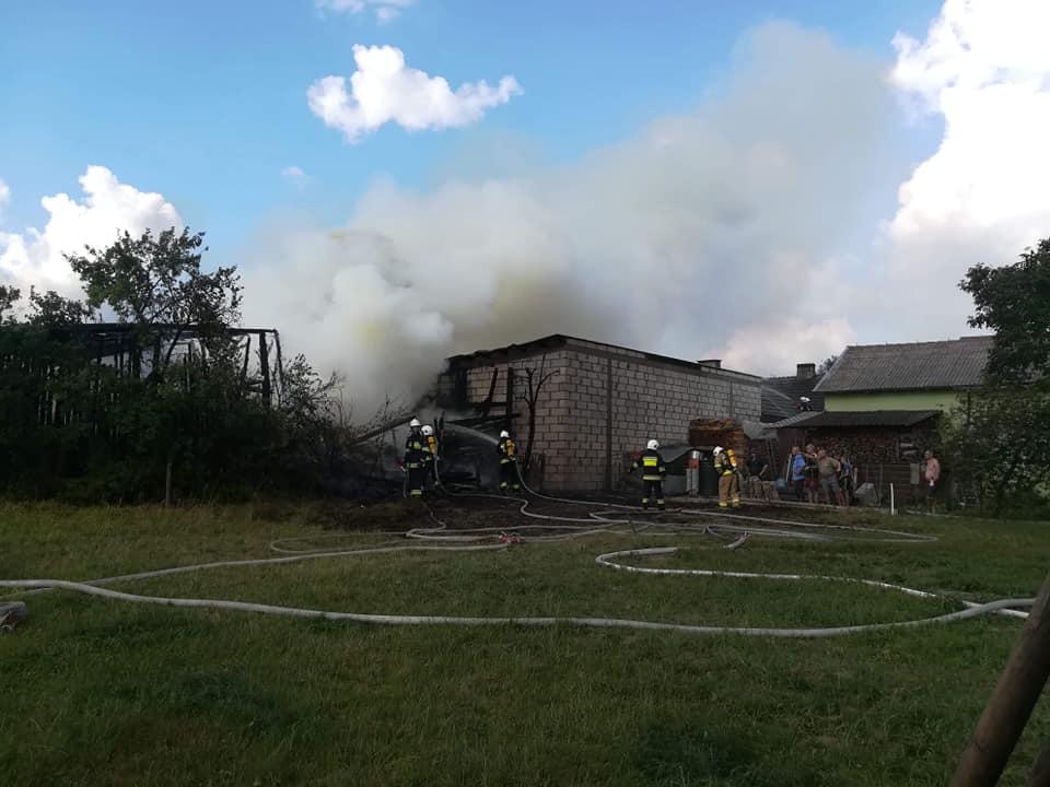 Na około 400 tys. zł oszacowano wstępnie straty po pożarze w miejscowości Osowo, w gminie Karsin