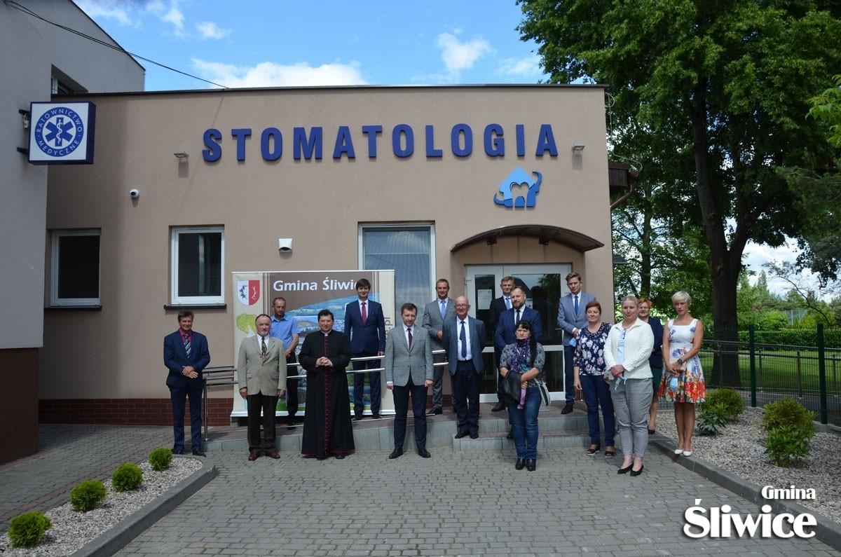 W Śliwicach uroczyście oddano do użytku Gminne Centrum Stomatologii Szkolnej