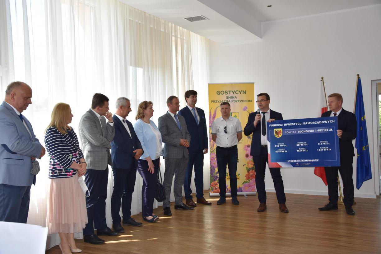 Niemal 7 milionów złotych dla samorządów powiatu tucholskiego