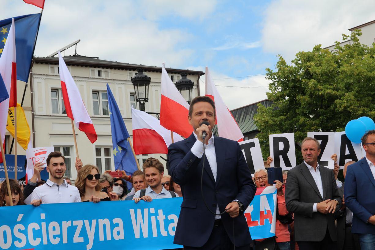 Rafał Trzaskowski, kandydat Koalicji Obywatelskiej na prezydenta RP na wiecu w Kościerzynie FOTO