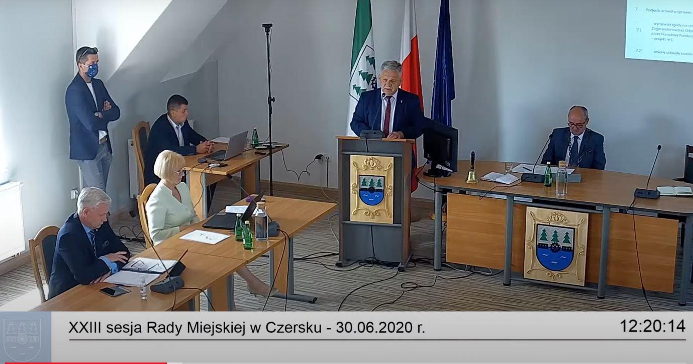 Czy chojnicki poseł PiS agitował podczas sesji Rady Miejskiej Czerska?