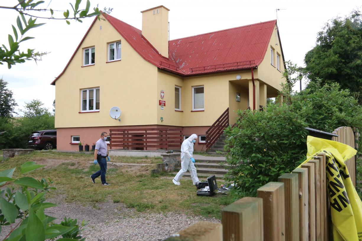 Zabójstwo i samobójstwo w Krzemieniewie w gminie Czarne. Są wstępne wyniki sekcji zwłok małżeństwa