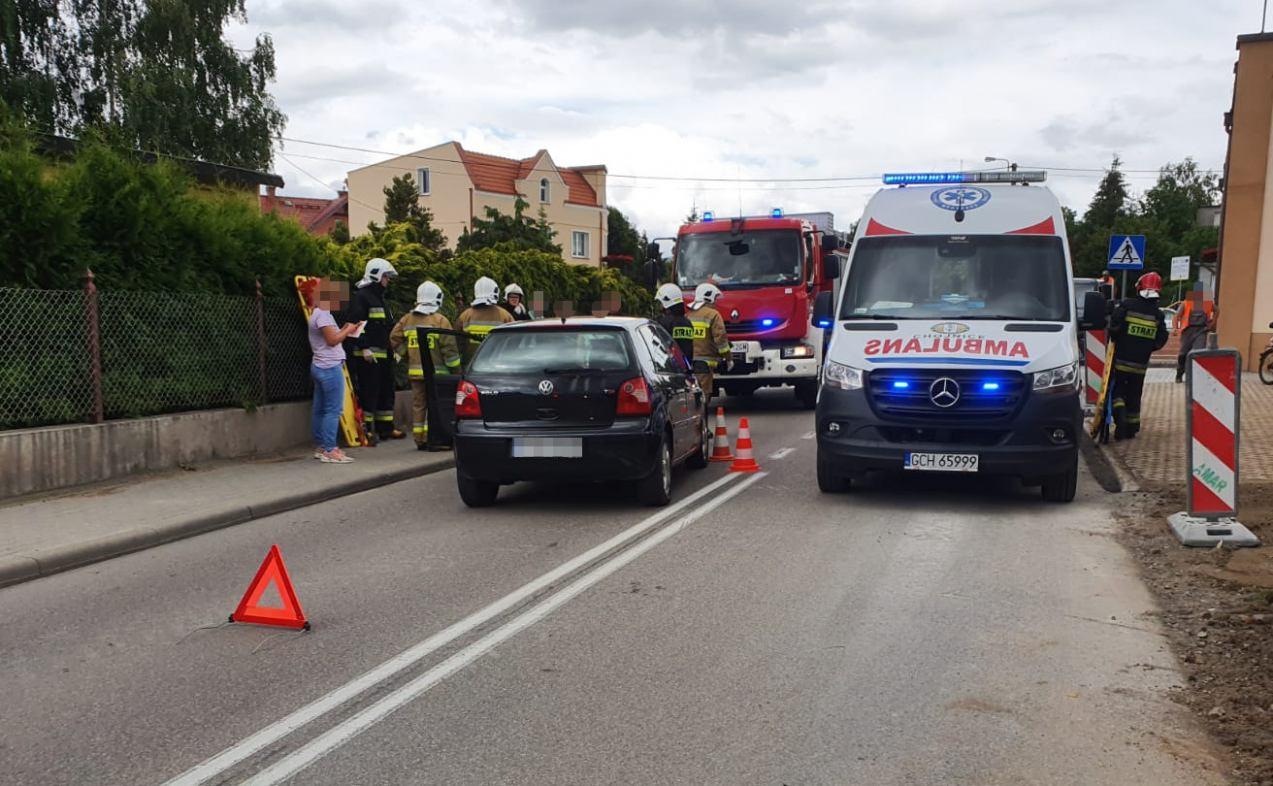 Samochód potrącił pieszego w Lichnowach w gminie Chojnice. Poszkodowany trafił do szpitala