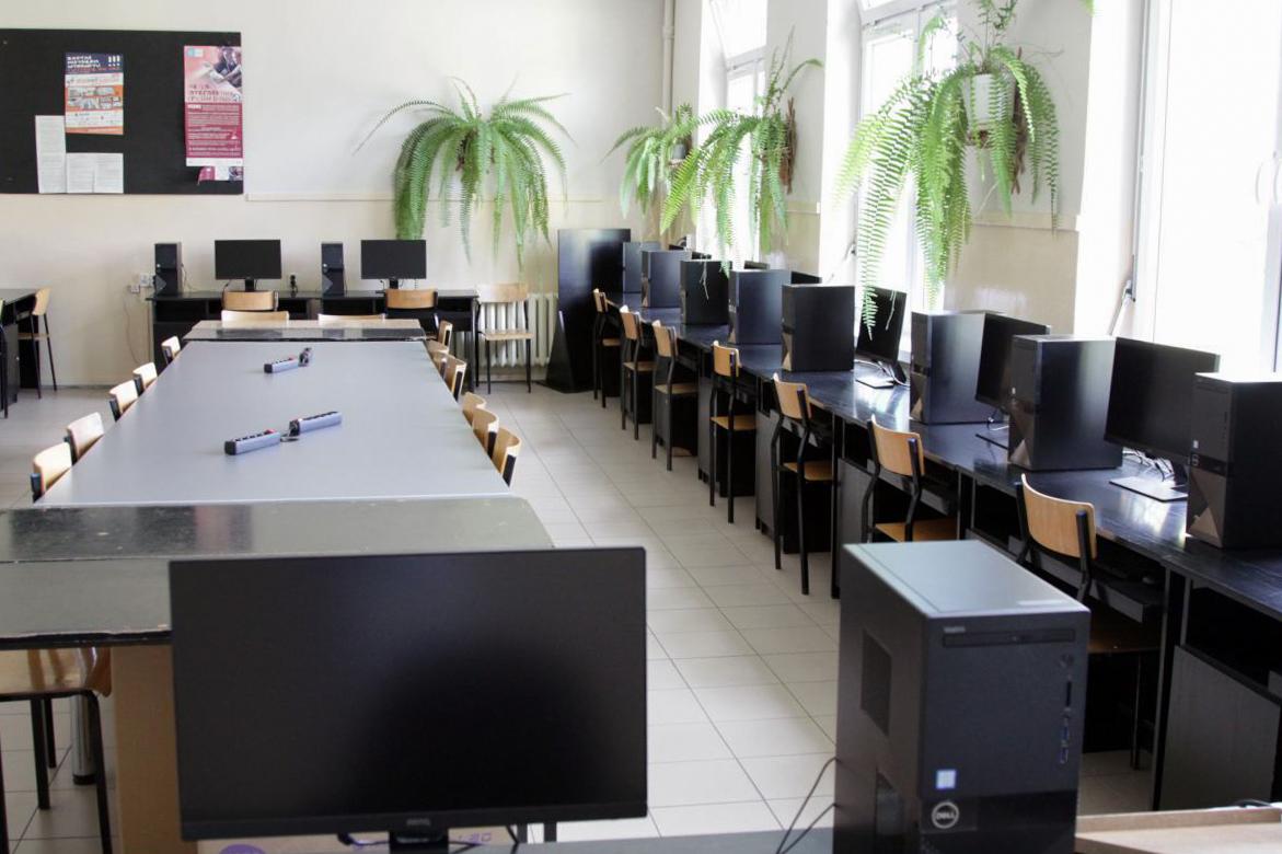 Prawie milion złotych na remonty szkół przeznaczy powiat kościerski