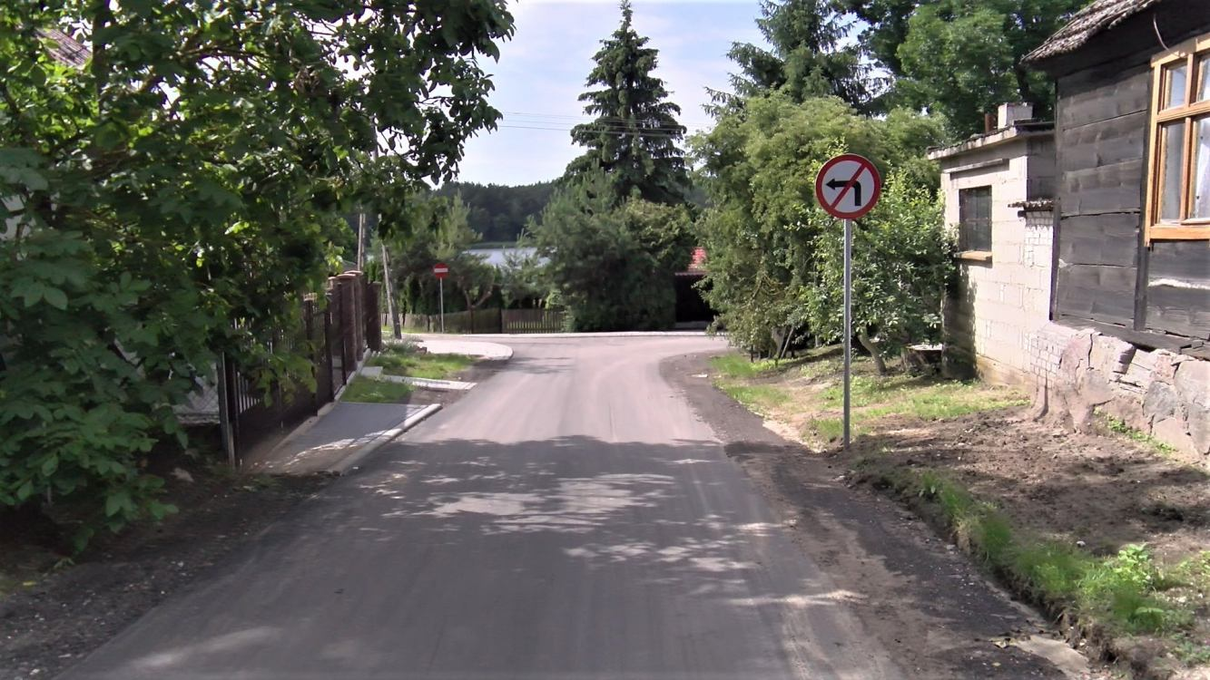 Zakończyła się budowa drogi prowadzącej przez wieś Lutówko, w gminie Sępólno Krajeńskie