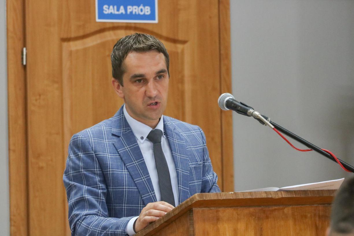 Niemerytoryczne. Wójt gminy Rzeczenica odpowiada na krytykę radnej, która zagłosowała przeciwko udzieleniu mu wotum zaufania