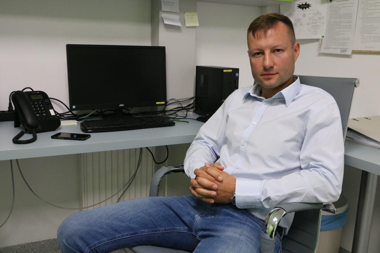Właściciel firmy prowadzącej pracownię w człuchowskim szpitalu oczekuje sprostowania od posła Mrówczyńskiego