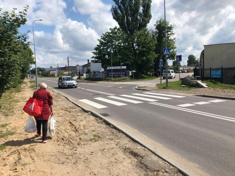 Zmiany na ulicy Przemysłowej w Kościerzynie. Pojawią się tu nowe lampy i chodnik