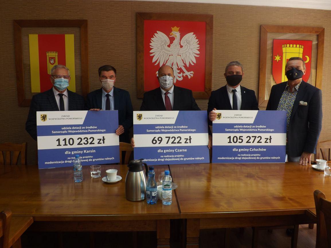 Gminy Człuchów, Czarne i Karsin z dofinansowaniem na modernizację dróg dojazdowych do pól