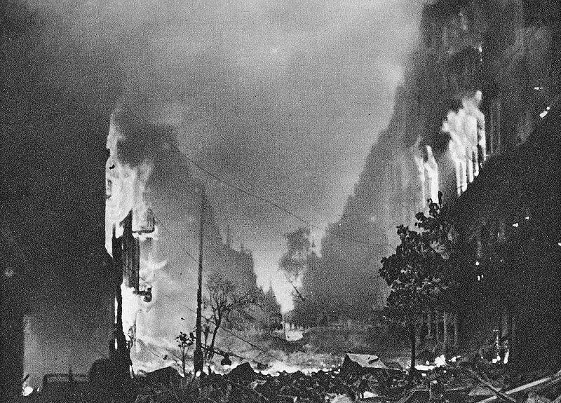 1 sierpnia mija 76. rocznica wybuchu Powstania Warszawskiego. O 1700 zawyją syreny