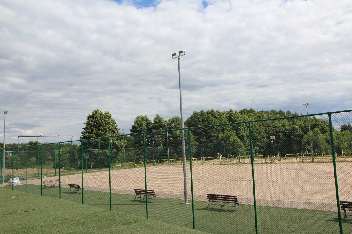 Ponad 1 mln zł ma kosztować modernizacja kompleksu boisk sportowych przy szkole w Lipuszu