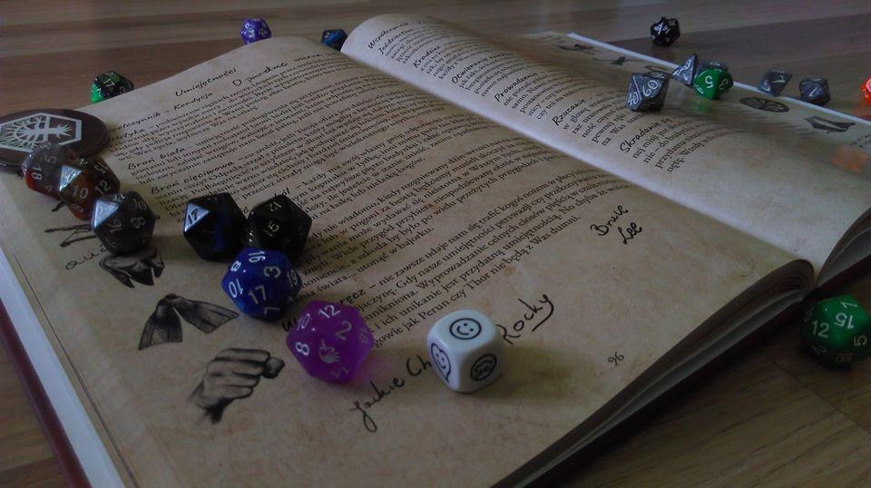 Chojniczanie stworzyli grę fabularną. Przebudzenie Bogów to RPG w klimacie urban fantasy